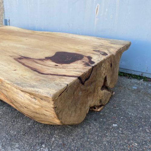 Blat z drewna tamaryndowca